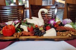 Sushi & Kitchen Cuisine
